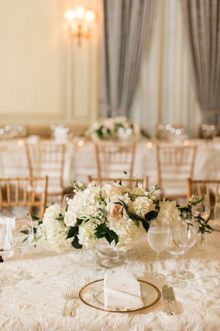 wedding-reception-neutral-classic-table-decor-with-white-blush-flowers-and-gold-chairs-drapery