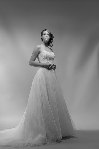 black-and-white-photo-of-camille-by-ivy-aster-scoop-neck-strapless-bodice-full-tulle-skirt