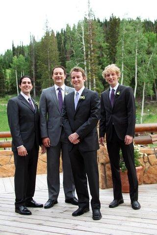 groom-with-groomsmen-outside-in-utah
