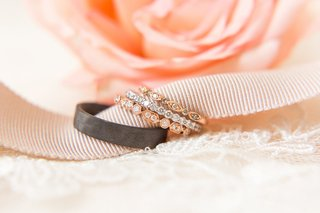 bride-wedding-ring-stacked-bands-rose-gold-white-gold-and-mens-black-band
