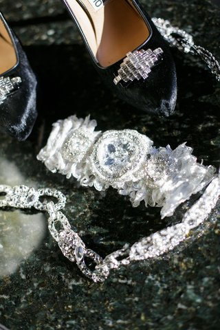 bridal-wedding-garter-with-crystal-details