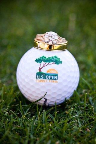 round-cut-diamond-engagement-ring-on-torrey-pines-golf-ball