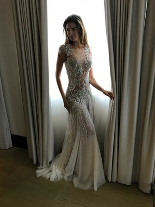 pallas-couture-fall-2017-batoul-tulle-cap-sleeves-high-illusion-neck-low-back-sheer-lace-appliques