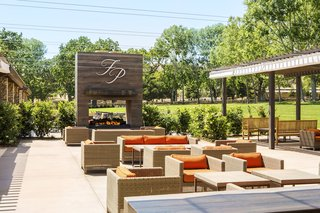 patio-at-fess-parker-winery-vineyard-in-los-olivos