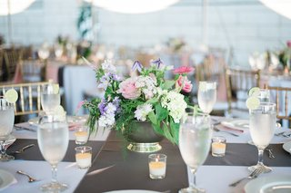small-flower-arrangements-pink-flowers-purple-flowers-white-flowers
