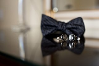 black-bow-tie-with-subtle-stripes-round-black-cuff-links