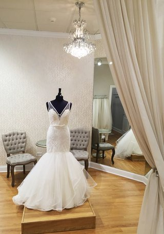 bella-bianca-bridal-couture-hayley-paige-at-chicago-salon