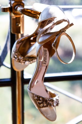 wedding-day-shoes-bridal-heels-badgley-mischka-jewel-detailing-on-toe-strap-thin-ankle-strap-nude