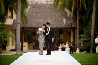 celebrity-groom-walking-down-aisle-with-his-mom