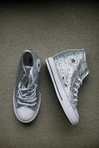 alexis-cozombolidis-wedding-to-hunter-pence-reception-dancing-after-party-converse-glitter-silver