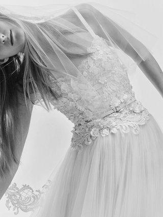 black-and-white-photo-of-elie-saab-bridal-spring-2017-lace-bodice-leather-belt-tulle-wedding-dress