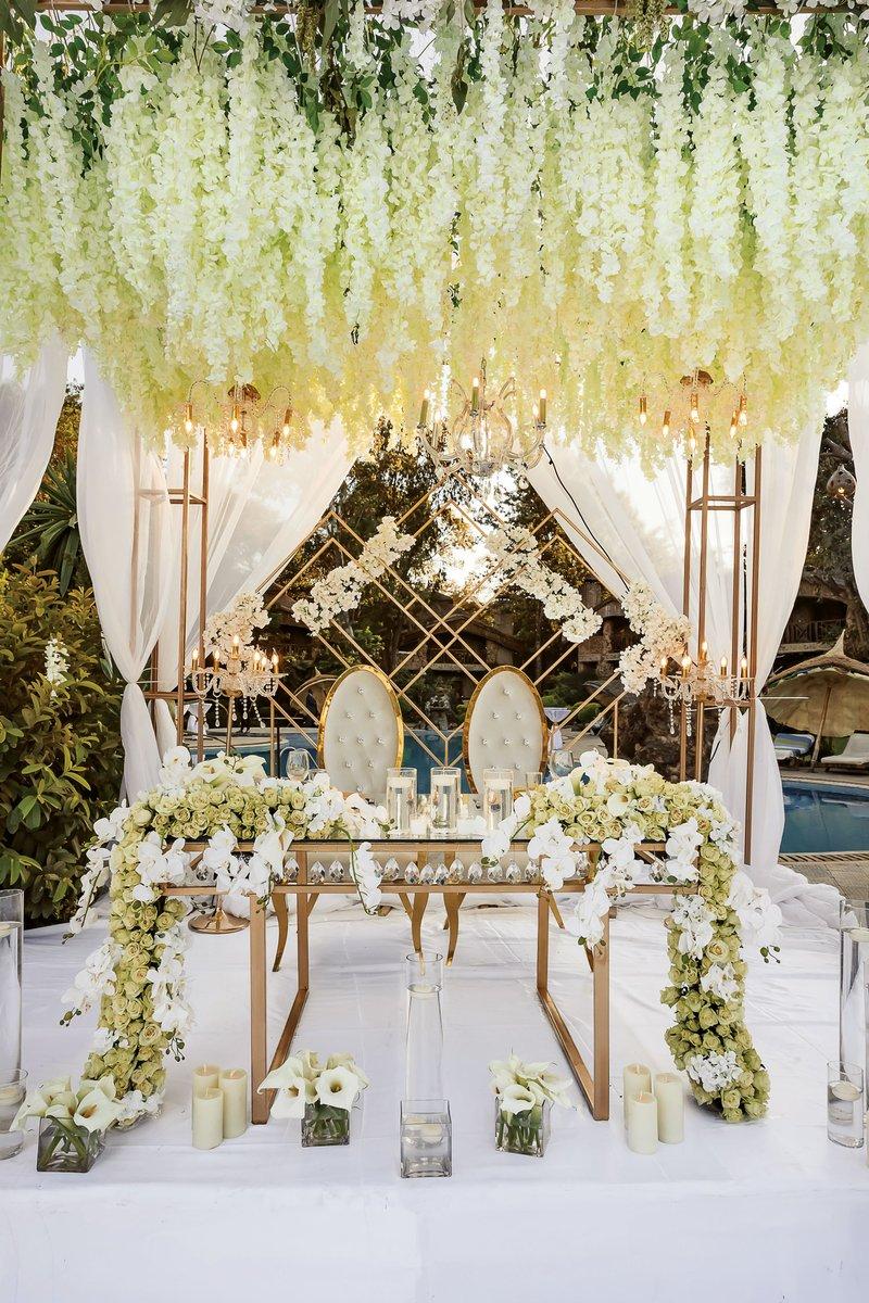 Royal-Inspired Sweetheart Table
