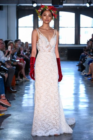 willowby-by-watters-fall-2018-bridal-collection-wedding-dress-derica-v-neck-lace-gown