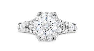 hearts-on-fire-hexagonal-halo-diamond-engagement-ring-with-split-shank-diamond-band