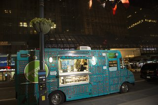 wedding-reception-at-cipriani-wall-street-with-sweetery-truck-parked-outside