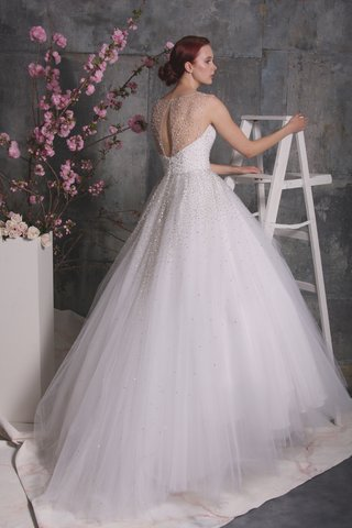 christian-siriano-spring-2018-tulle-ball-gown-sparkly-crystal-embellishments-illusion-back-slit
