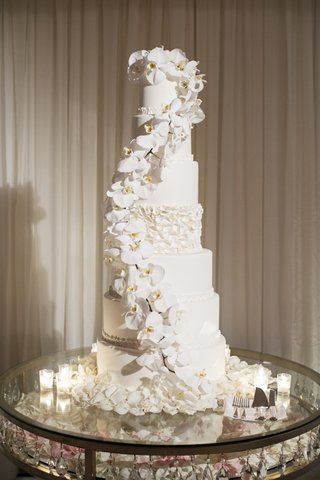 wedding-cake-seven-layer-white-orchid-cascading-down-ruffle-tier