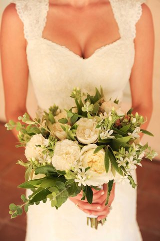 jenna-reeves-wedding-bouquet-for-tim-lopez-ceremony-garden-rose-bay-leaves-white-green