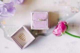 princess-cut-diamond-engagement-ring-in-light-purple-mrs-box-velvet-ring-box
