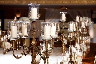 candelabra-along-wedding-ceremony-aisle-in-chicago-ballroom
