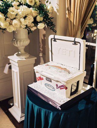 wedding-cake-ideas-groom-cake-yeti-cooler-with-fish-and-ice
