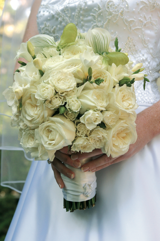 white-rose-bouquet-with-touches-of-greenery