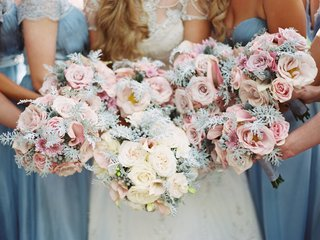 bride-bouquet-white-rose-with-greenery-and-bridesmaid-bouquets-with-pink-roses-and-the-same-verdure