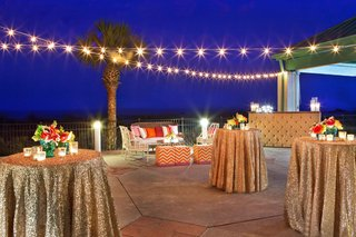 gold-sequin-cocktail-hour-reception-in-hilton-head