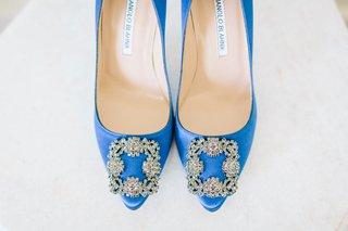 wedding-shoes-bright-blue-royal-blue-heels-crystal-buckle-wedding-shoe-ideas