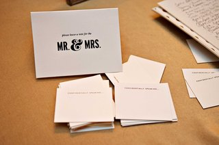 black-and-white-guest-notes-for-friends-and-family-to-fill-out-for-the-bride-and-groom