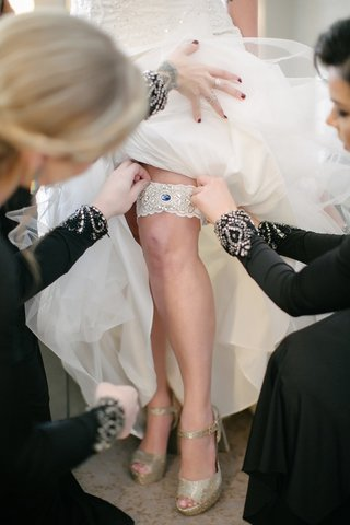 bridal-garter-with-blue-gem-for-something-blue