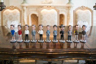 bobbleheads-of-groom-and-groomsmen-for-wedding-favors-groomsmen-gifts