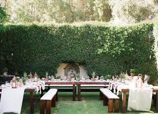 u-shaped-rehearsal-dinner-table