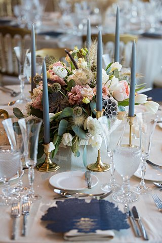wedding-reception-gold-candleholder-taper-candlescenterpiece-with-scabiosa-pods-white-pink-flowers