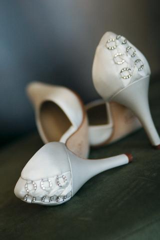 grace-wedding-shoe-with-sparkles-on-back