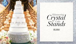 sparkling-crystal-wedding-cake-stands-and-pedstals