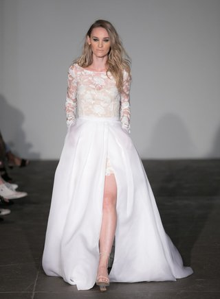rime-arodaky-2018-bridal-collection-wedding-dress-long-sleeve-bridal-gown-high-slit-overskirt-flower