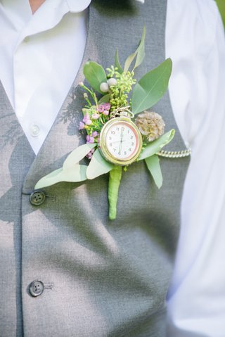 pocket-watch-greenery-boutonniere-pink-flowers-celtic-wedding