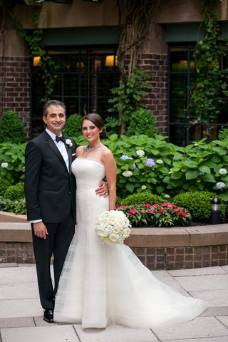 first-look-portrait-bride-groom-four-season-washington-dc-tuxedo-white-dress-classic-wedding