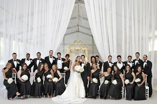 formal-black-and-white-wedding-party-in-chicago