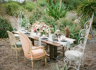 desert-botanic-garden-wedding-inspiration-boho-chic-desert-wedding-mismatched-chairs