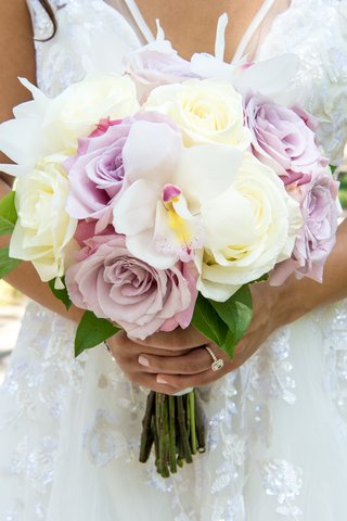 ivory-blush-pale-lavender-roses-in-bridal-bouquet-statement-orchid-in-bridal-bouquet