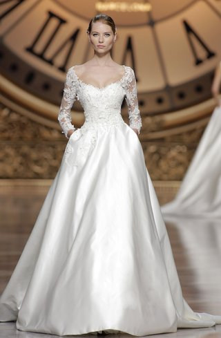 atelier-pronovias-2016-versal-wedding-dress
