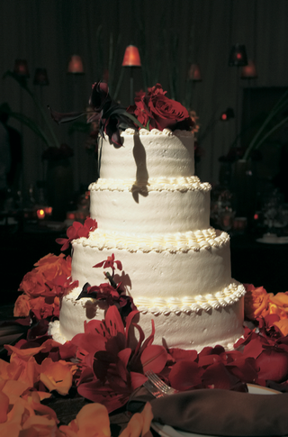 simple-four-layer-confection-with-fall-flowers