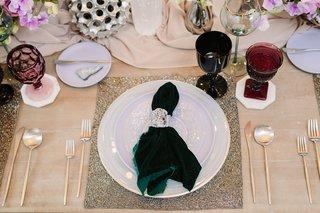 unique-wedding-color-scheme-forest-green-lavender-and-silver-forest-green-velvet-napkin