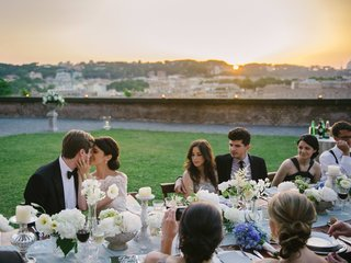 reception-table-with-sunset-view-of-rome