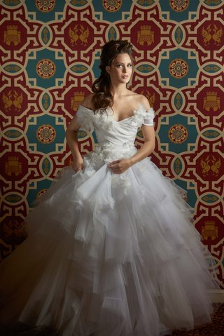 this-gorgeous-marchesa-gown-was-flown-in-for-this-creative-shoot-at-the-intercontinental-hotel-chica