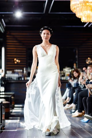 gemy-maalouf-2018-bridal-collection-wedding-dress-v-neck-lace-train-sheath-silk-bridal-gown
