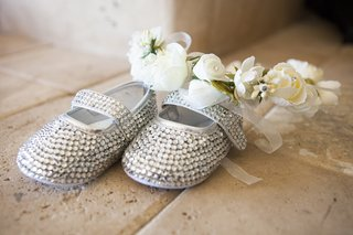 flower-girl-baby-shoes-with-rhinestones-crystals-and-white-flower-headpiece-with-sheer-ribbon