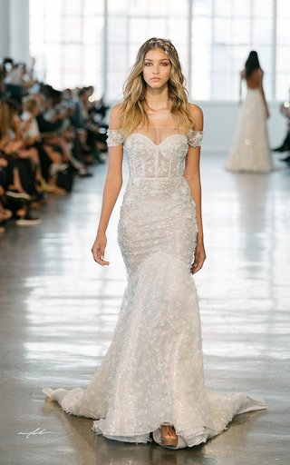 berta-fall-2018-wedding-dress-off-shoulder-mermaid-trumpet-bridal-gown-corset-bodice